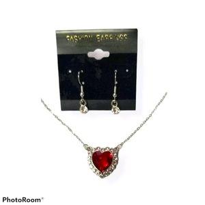 🔥 2/$30🔥Women's Necklace Set